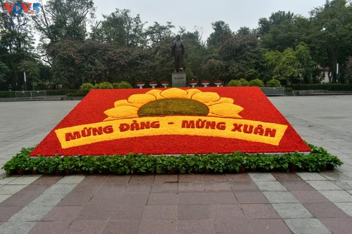 Hà Nội rực rỡ cờ hoa chào mừng Đại hội lần thứ XIII của Đảng - ảnh 12