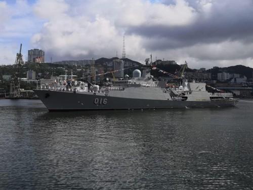 Biên đội tàu hộ vệ tên lửa của Hải quân Việt Nam tham dự Lễ duyệt binh tại Liên bang Nga - ảnh 5