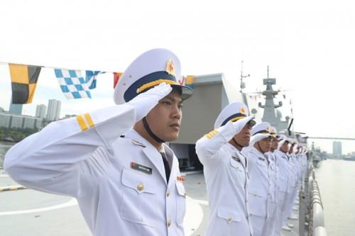Biên đội tàu hộ vệ tên lửa của Hải quân Việt Nam tham dự Lễ duyệt binh tại Liên bang Nga - ảnh 6