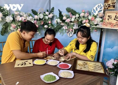 Les tableaux de grains de riz de Khuu Tân Buu - ảnh 3