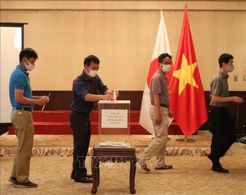 Les Vietnamiens au Japon soutiennent la lutte anti-Covid-19 au Vietnam - ảnh 1