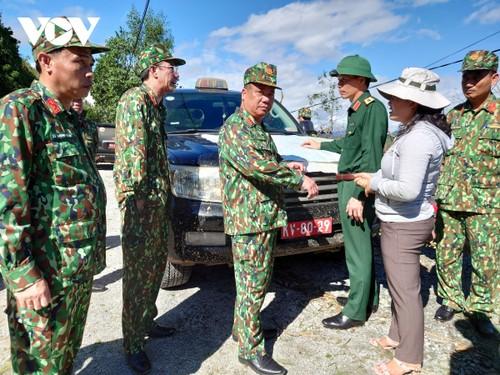 Phó Thủ tướng Trịnh Đình Dũng chỉ đạo công tác cứu nạn tại xã Trà Leng, Nam Trà My - ảnh 20