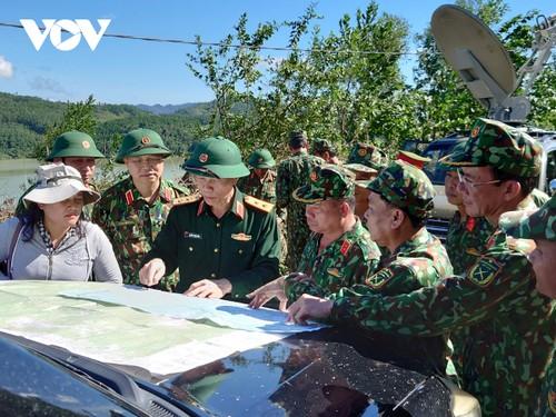 Phó Thủ tướng Trịnh Đình Dũng chỉ đạo công tác cứu nạn tại xã Trà Leng, Nam Trà My - ảnh 22