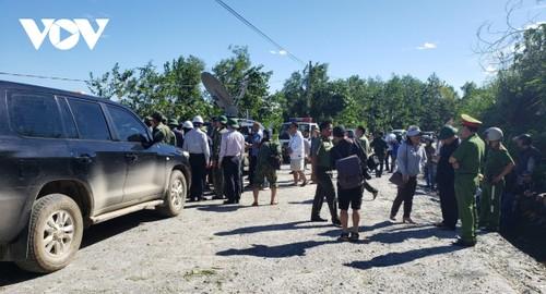 Phó Thủ tướng Trịnh Đình Dũng chỉ đạo công tác cứu nạn tại xã Trà Leng, Nam Trà My - ảnh 6