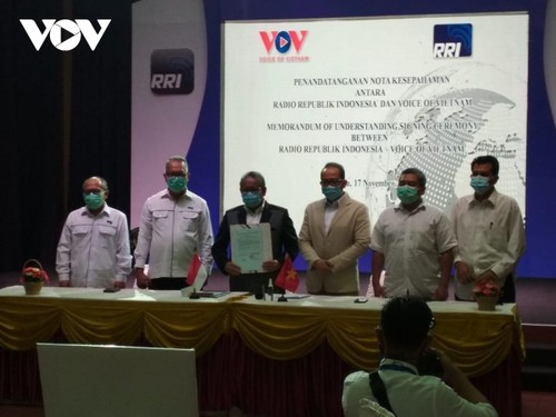 VOV và RRI ký thỏa thuận hợp tác mới, góp phần vun đắp tình hữu nghị Việt Nam – Indonesia - ảnh 4
