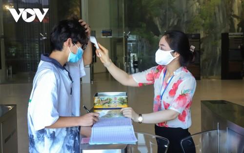 Người dân Quảng Ninh trở lại nhịp sống bình thường mới - ảnh 4