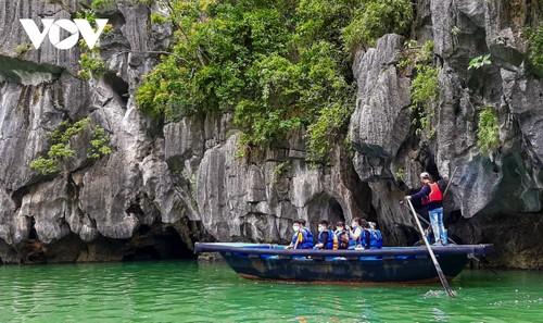 Người dân Quảng Ninh trở lại nhịp sống bình thường mới - ảnh 5