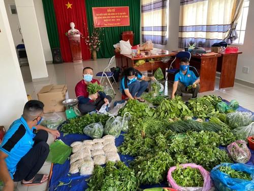 Tình người trong đại dịch ở Thành phố Hồ Chí Minh - ảnh 19