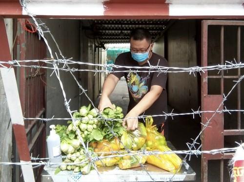 Tình người trong đại dịch ở Thành phố Hồ Chí Minh - ảnh 20