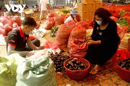 Tình người trong đại dịch ở Thành phố Hồ Chí Minh - ảnh 6