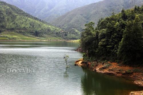 Hồ Séo Mý Tỷ, vẻ đẹp giữa núi rừng Tây Bắc - ảnh 6