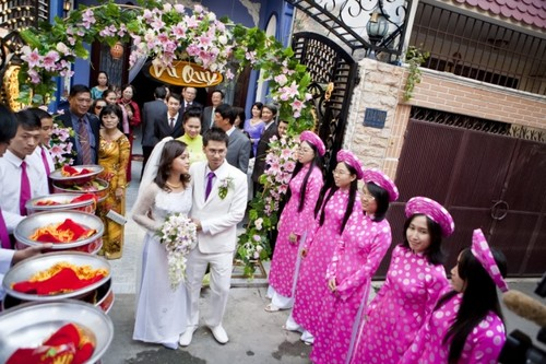 Love and marriage in Vietnam's history and customs - ảnh 5
