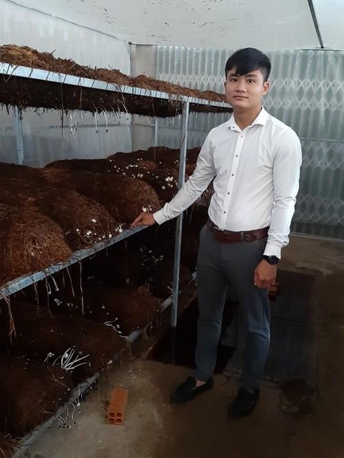 许长江——以蚯蚓养殖模式成功创业的青年 - ảnh 1