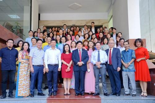 越南之声广播电台对外广播助力深广融入国际 - ảnh 1