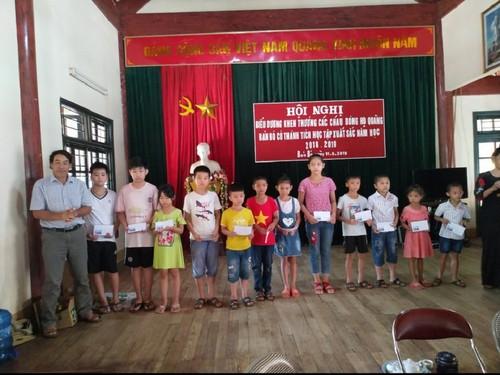 Les Quàng, une lignée familiale studieuse à Son La - ảnh 1