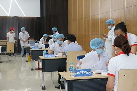 Vietnam verstärkt die Bekämpfung der Covid-19-Epidemie - ảnh 1