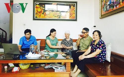 Kaum lansia, fundasi untuk menjaga dan mengembangkan tradisi keluarga - ảnh 1
