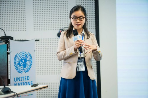 Interview: Trinh Hanh An - winner of first National essay competition commemorating 75th Anniversary  of  UN - ảnh 1