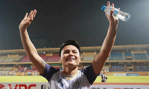 Vietnamese football star to join FIFA global campaign - ảnh 1
