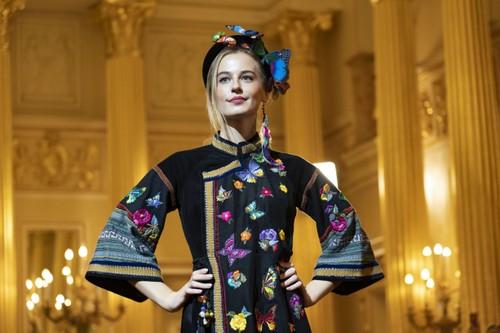 Красота вьетнамского шёлка и парчи в России - ảnh 12