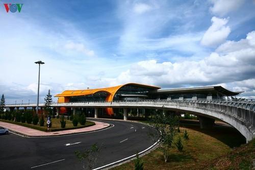 Аэропорт Льенкхыонг - пышный цветок высокогорья - ảnh 1