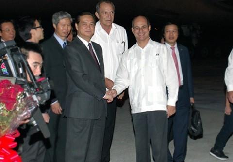 Thủ tướng Nguyễn Tấn Dũng bắt đầu các hoạt động thăm chính thức Cuba - ảnh 1