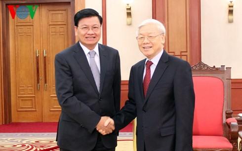 Tổng Bí thư Nguyễn Phú Trọng tiếp Thủ tướng Lào Thongloun Sisoulith - ảnh 1