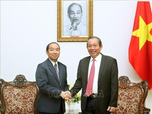 Phó Thủ tướng Thường trực Trương Hòa Bình tiếp Chánh án Tòa án nhân dân tối cao Lào - ảnh 1