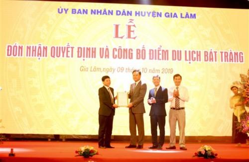 Xã Bát Tràng được công nhận là điểm du lịch Hà Nội - ảnh 4