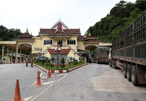 Thông tin về việc 56 công dân Việt Nam ở Lào được xuất cảnh về nước - ảnh 1