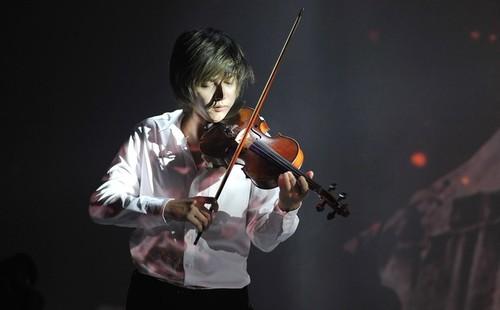 Nghệ sĩ violin Anh Tú - đam mê trên con đường không trải hoa hồng - ảnh 1