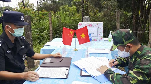 Biên phòng Điện Biên hội đàm thực địa với Kiểm soát biên phòng, xuất nhập cảnh Vân Nam (Trung Quốc) - ảnh 1