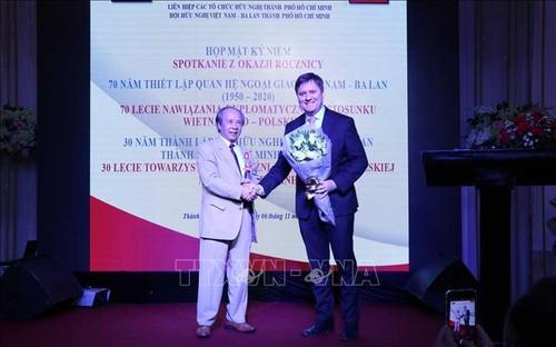 Kỷ niệm 70 năm thiết lập quan hệ ngoại giao Việt Nam - Ba Lan - ảnh 1