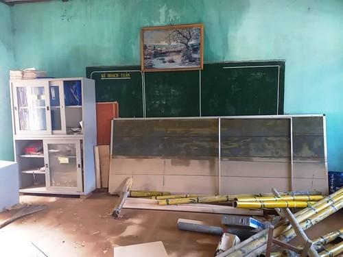 Cộng đồng người Việt ở Ba Lan đến với những ngôi trường ở vùng lũ - ảnh 9