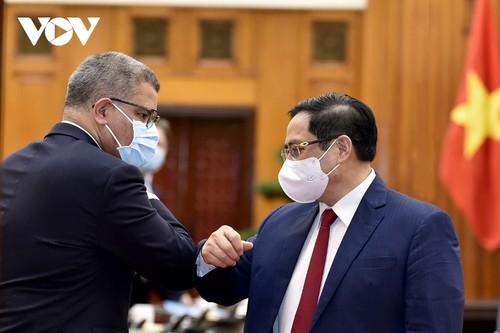 Thủ tướng Phạm Minh Chính tiếp Chủ tịch Hội nghị COP-26 - ảnh 2