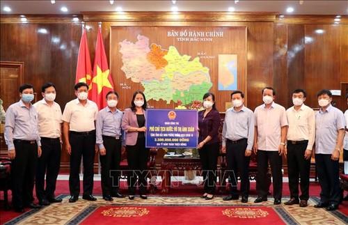 Phó Chủ tịch nước thăm, động viên cán bộ và nhân dân vùng tâm dịch - ảnh 1