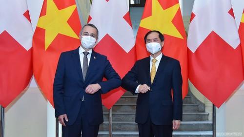 Việt Nam – Thụy Sỹ tiếp tục làm sâu sắc hơn sự tin cậy lẫn nhau, thúc đẩy hợp tác cho giai đoạn hậu Covid-19 - ảnh 1