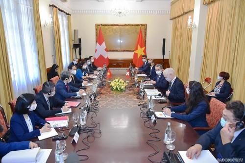 Việt Nam – Thụy Sỹ tiếp tục làm sâu sắc hơn sự tin cậy lẫn nhau, thúc đẩy hợp tác cho giai đoạn hậu Covid-19 - ảnh 2