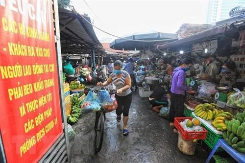 Hà Nội sẽ xử lý nghiêm việc đẩy giá thực phẩm, rau quả - ảnh 1