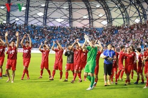 Vietnam through to AFC Asian Cup quarterfinals - ảnh 1