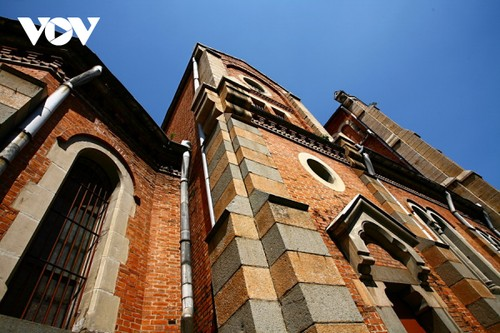 Chiêm ngưỡng tuyệt tác Nhà thờ Đức Bà Sài Gòn - ảnh 8