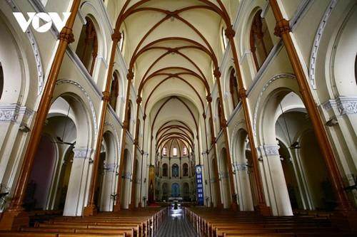 Chiêm ngưỡng tuyệt tác Nhà thờ Đức Bà Sài Gòn - ảnh 15