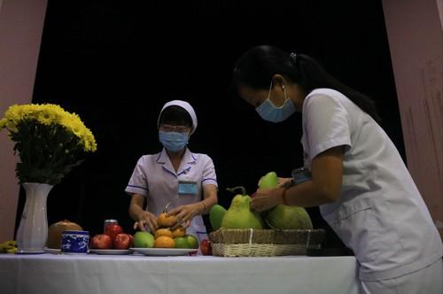 Hình ảnh cảm động về đội ngũ y, bác sĩ - những chiến binh thời bình - ảnh 10