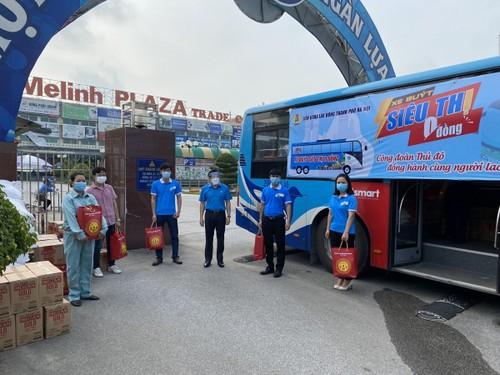 """""""Xe buýt siêu thị 0 đồng"""" kịp thời hỗ trợ người lao động Hà Nội ảnh hưởng do dịch COVID-19 - ảnh 7"""