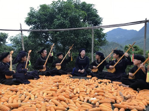 Bac Kan provincial club fuels love for ethnic Then melody  - ảnh 2