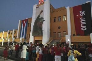 Gặp gỡ hữu nghị kỷ niệm 61 năm Cuộc tấn công Trại lính Moncada  - ảnh 1