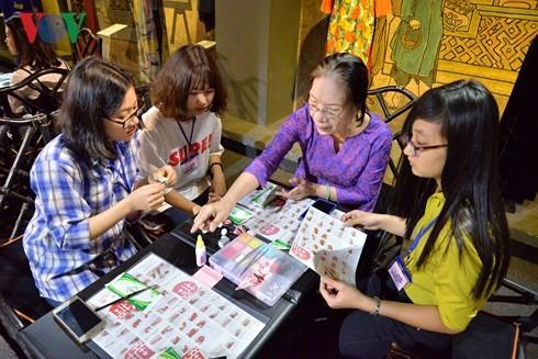 """Giao lưu nghệ thuật Việt - Nhật """"Áo dài và hoa vải Tsumami"""" - ảnh 3"""