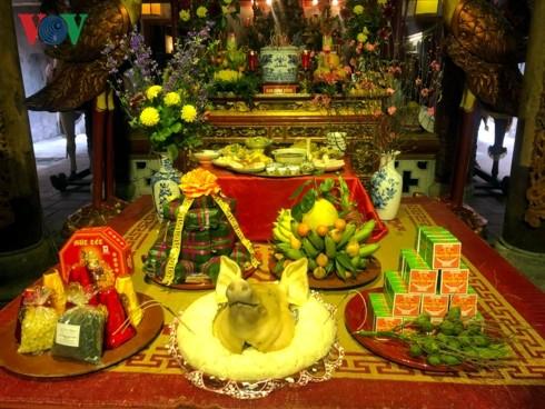 Tận hưởng hương vị Tết truyền thống tại phố cổ Hà Nội - ảnh 2
