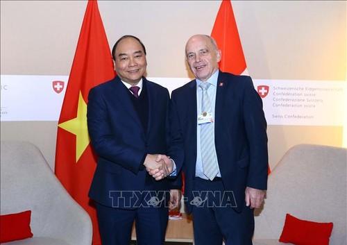 Thủ tướng Nguyễn Xuân Phúc kết thúc chuyến thăm dự WEF Davos 2019 - ảnh 1