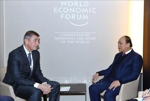 Thủ tướng Nguyễn Xuân Phúc kết thúc chuyến thăm dự WEF Davos 2019 - ảnh 2
